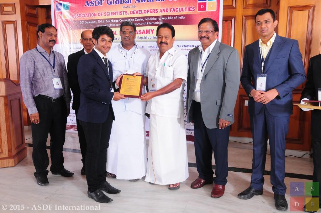 Prasanth Venugopal @ receiving award 2015