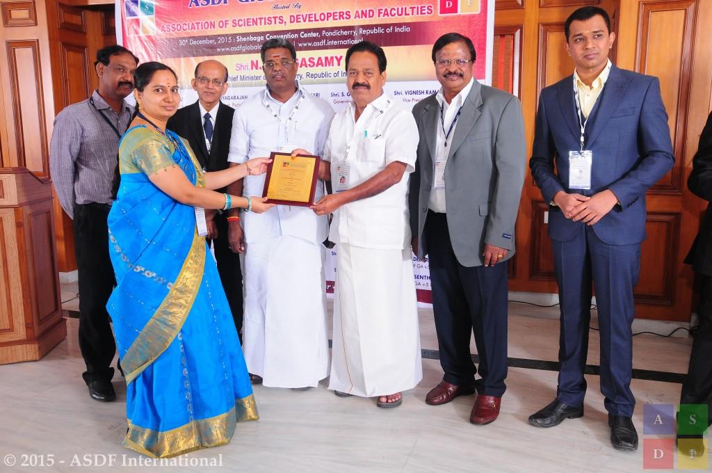 Priya B @ receiving award 2015